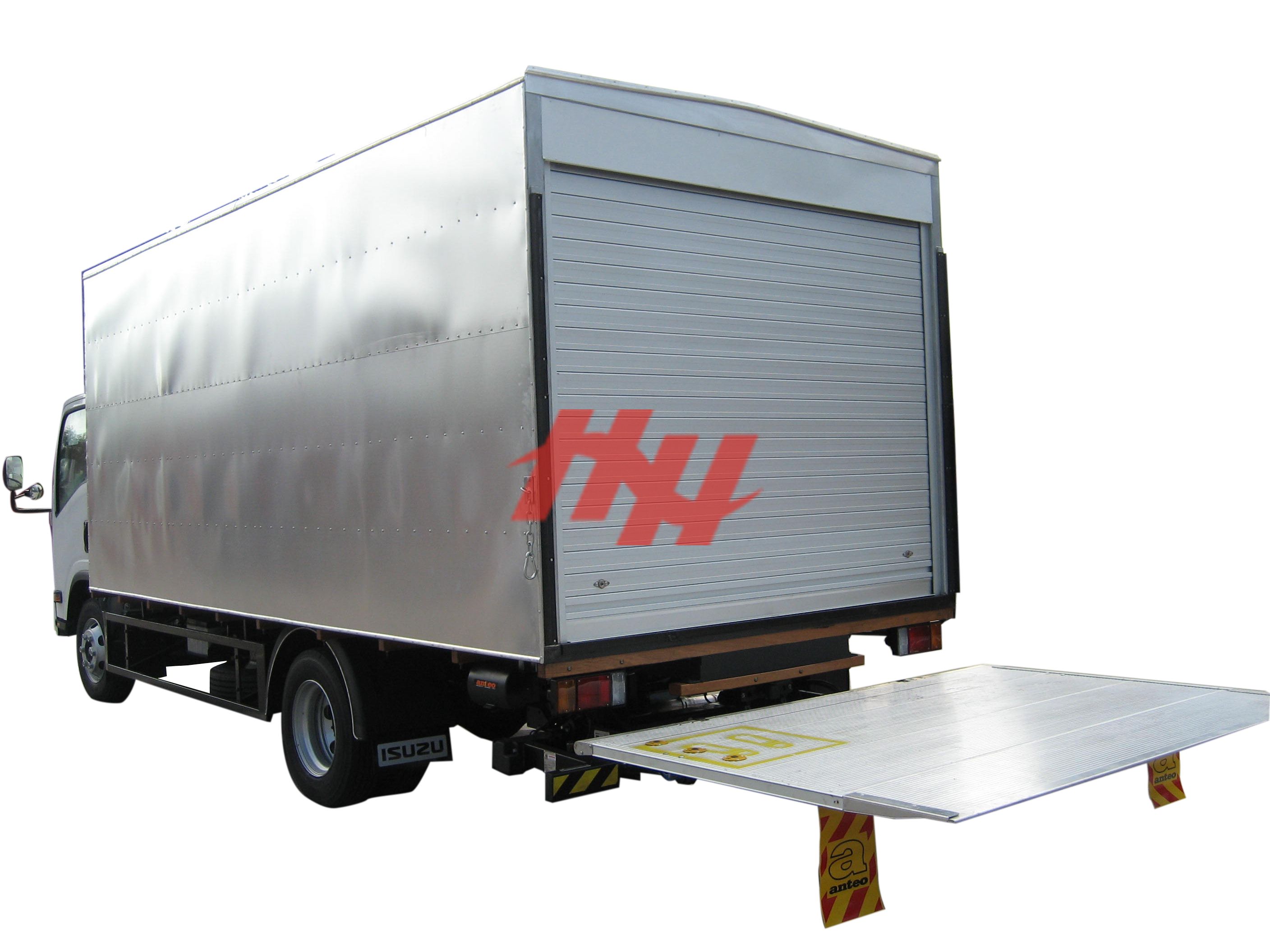 Aluminium cargo box with roller shutter rear door and rear recess tailgates edit